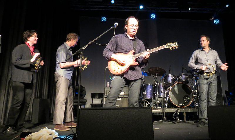 להקת תרי פרנדז בישראל - Three Friends in Tel Aviv, Israel; 02-Nov-2012